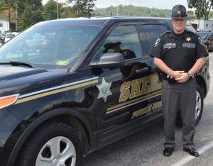 sheriffstephenldeweeseatsuv800